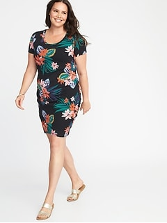 Plus-Size Scoop-Neck Bodycon Dress
