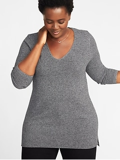Textured V-Neck Plus-Size Tunic Sweater