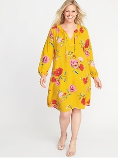 Plus-Size Split-Neck Floral Swing Dress