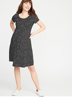 Plus Size Maternity Clothes | Old Navy
