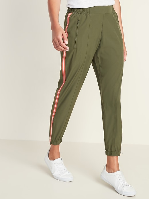 Mid-Rise Soft 4-Way-Stretch Side-Stripe Joggers for Women