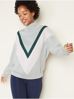 Color-Blocked Chevron Turtleneck Sweater for Women