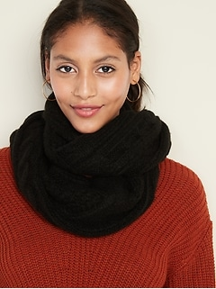 Soft-Brushed Cable-Knit Infinity Scarf for Women