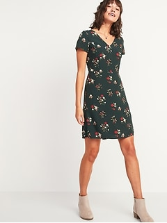 Floral-Print Fit & Flare Smocked-Back V-Neck Dress for Women