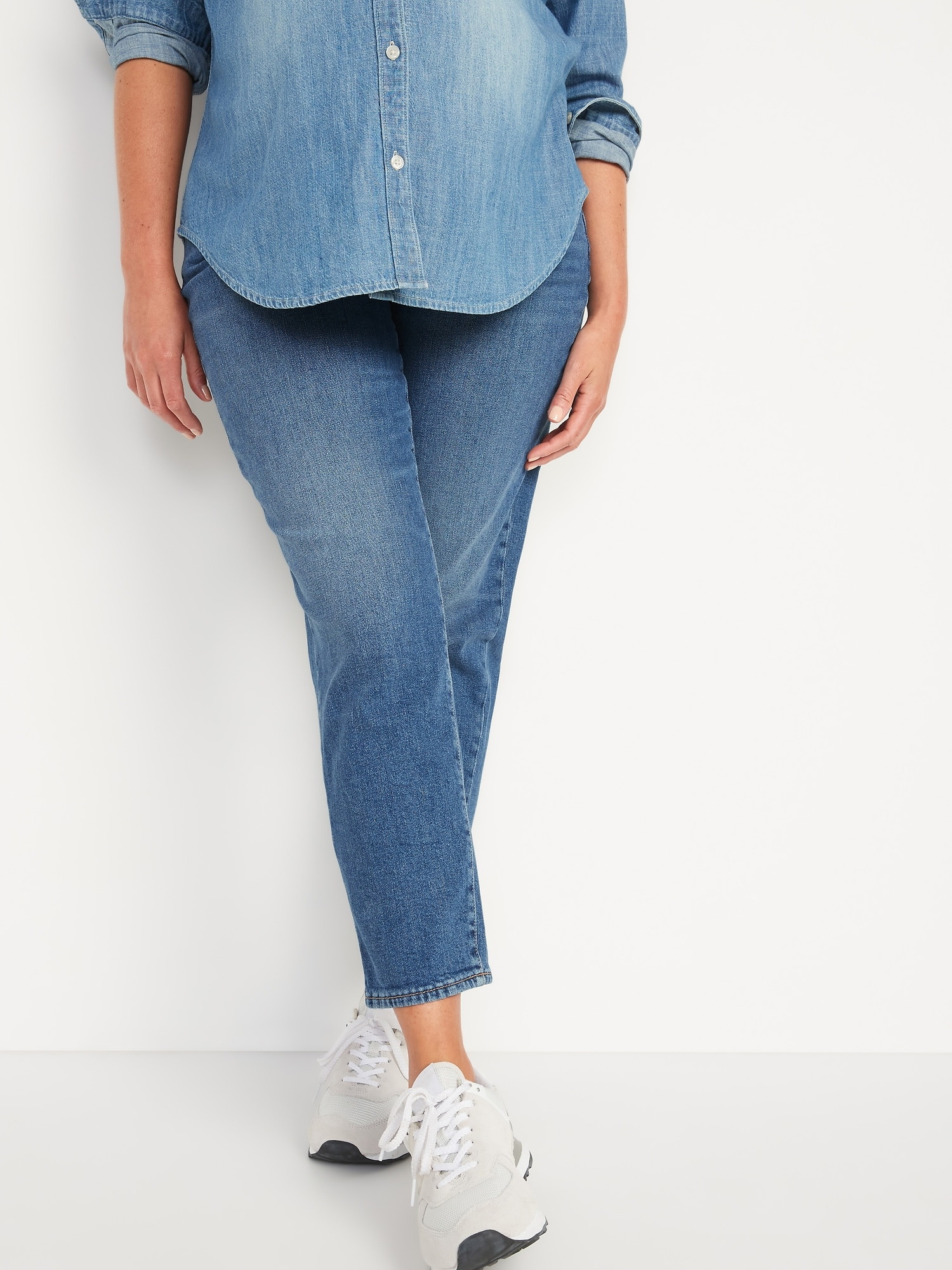 Old Navy Maternity Low Panel O.G. Straight Medium-Wash Jeans